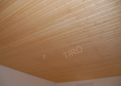 1-Planed panelling (spruce)