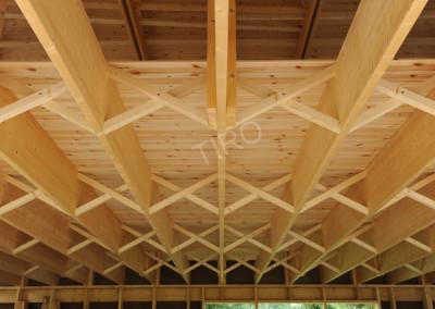 Intermediary ceiling joist