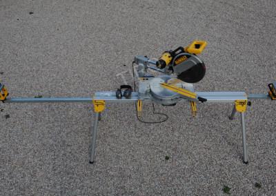 4-DeWalt 708 mitre saw