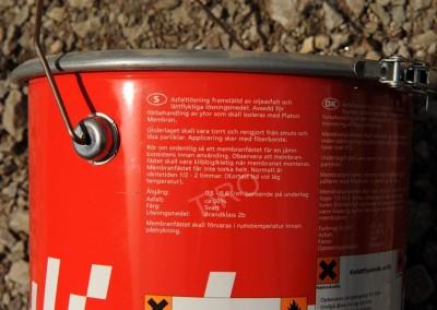 3-Bitumen sealing strips and bitumen primer