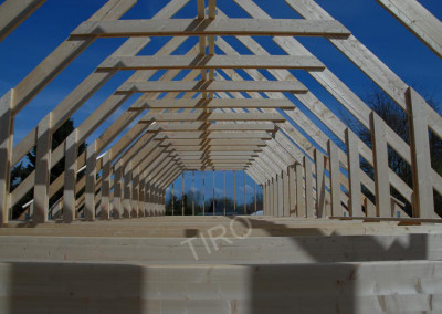 8-Roof trusses